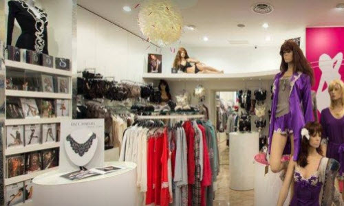 Sarl Cupidon Lingerie Boutique Inside View