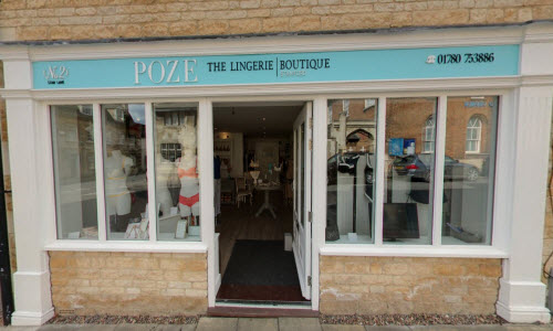 Poze Lingerie Boutique Store Outside View