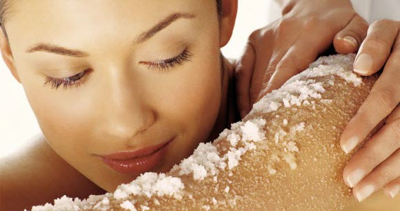 Making Natural Body Scrub to Relieve Dry Skin - A Spa Treatment at Home