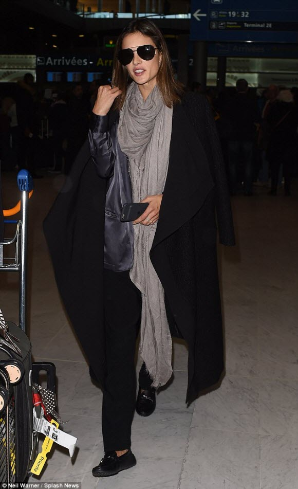 Alessandra Ambrosio leads the celebrity arrivals at Paris Fashion Week 2016
