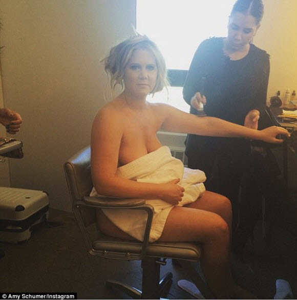 Amy Schumer Goes Topless In Tiny Thong For Racy Snap Posted On Instagram