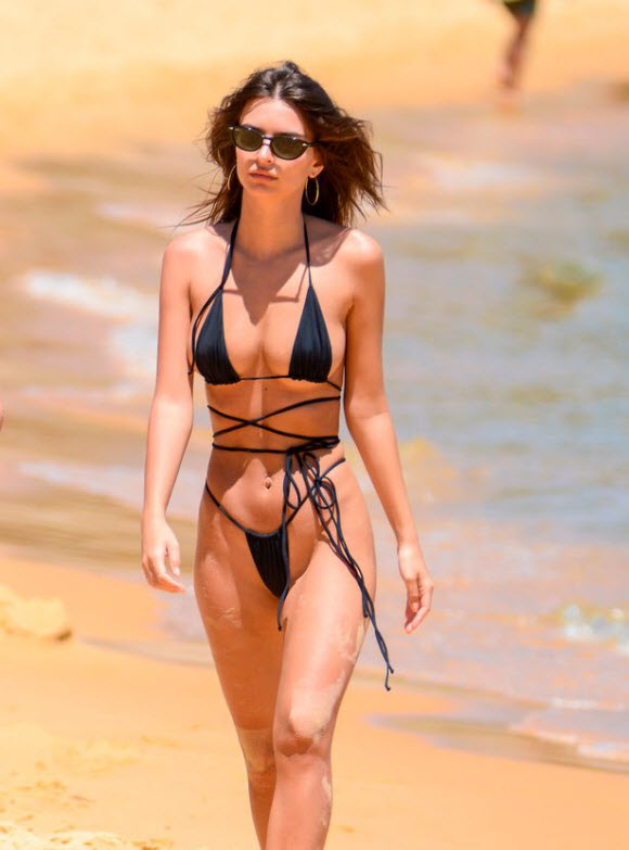 Emily Ratajkowski Sizzles In Tiny String Bikini On The Beach In Sydney