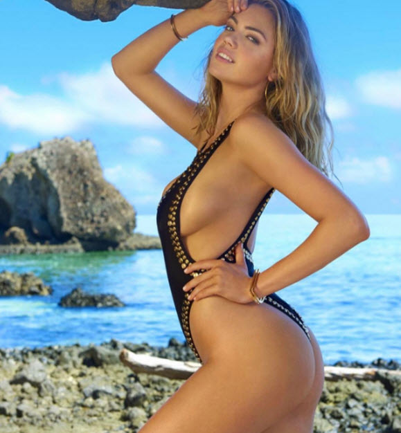Kate Upton Goes Topless And Enjoying Her Time In Fiji Beach