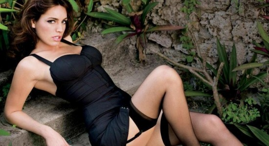 Kelly Brook fans want her as Wonder Woman on the small screen