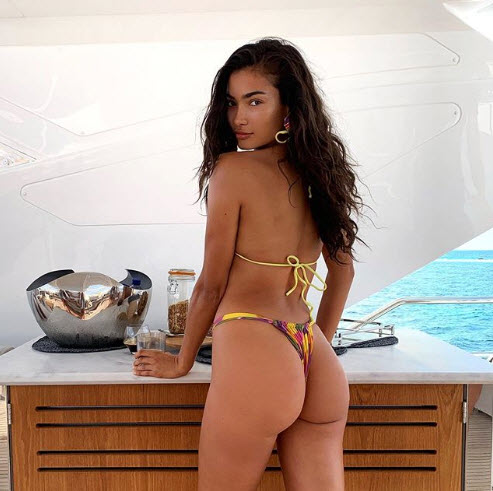 Kelly Gale Puts Peachy Posterior On Full Display In A Tiny Bikini