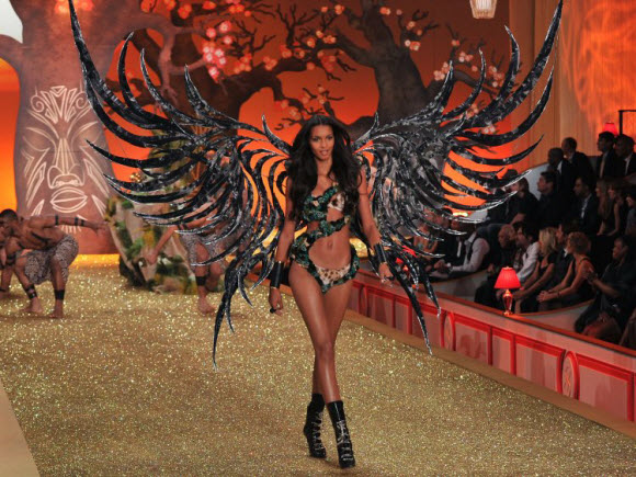 Lais Ribeiro Will Be The Lucky Angel Who Wear This Year's Victoria's Secret Fantasy Bra