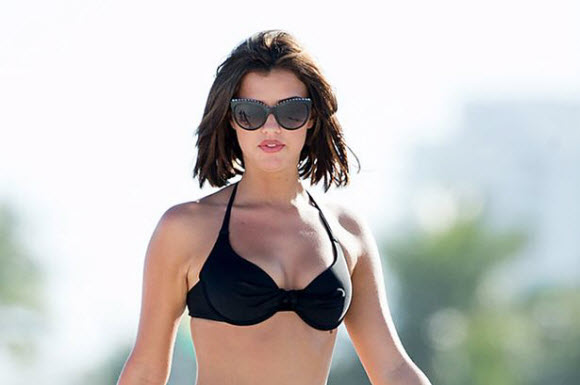 Lucy Mecklenburgh Show Off Her Ample Assets In Skimpy Black Bikini In Marbella Beach
